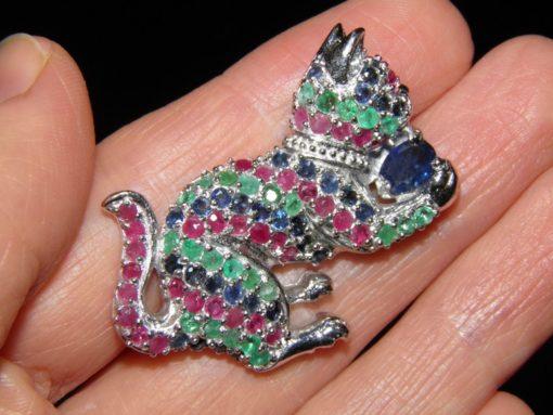 Серебряная брошь с драгкамнями