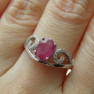 Рубиновое кольцо из серебра, серебряное кольцо с рубином, купить кольцо с рубином, кольцо из серебра с рубином