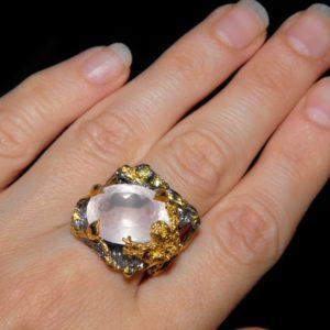 серебряное кольцо с натуральным розовым кварцем
