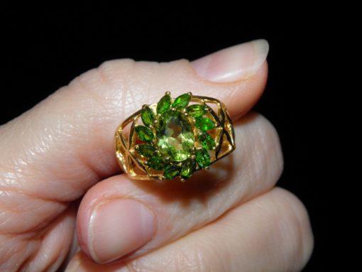 Серебряное кольцо Перидот-Диопсид