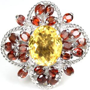 Серебряный перстень с цитрином и гранатами
