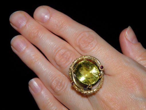 Серебряный перстень с лимонным кварцем