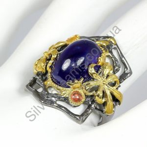 Коктейльный перстень с крупным сапфиром