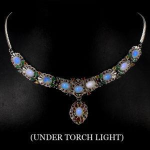 Серебряное ожерелье Опал-Рубин-Сапфир
