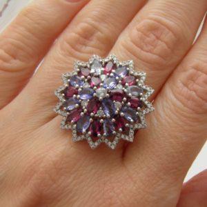 Серебряное кольцо Танзанит-Родолит