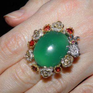 Серебряный перстень с зелёным ониксом