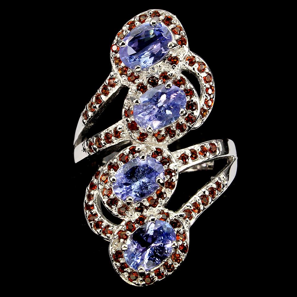 Танзанитовый перстень из серебра
