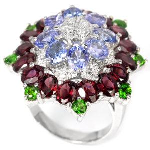 Коктейльный перстень из серебра Танзанит-Родолит-Диопсид