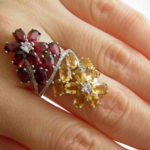 Серебряный перстень с цитринами и родолитами