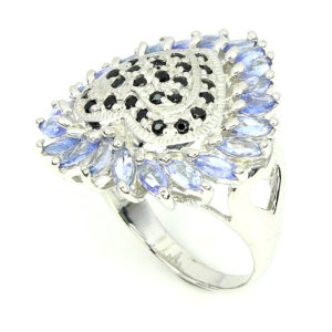 Серебряное кольцо Танзанит-Сапфир