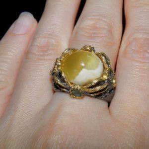 Дизайнерский перстень из серебра Агат-Топаз-Изумруд