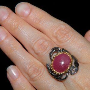 Дизайнерское серебряное кольцо с крупным рубином