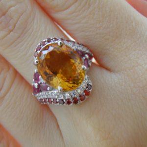 Серебряный перстень с цитрином и рубинами