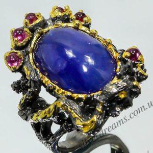 Дизайнерский серебряный перстень с крупным сапфиром