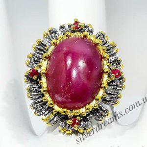 Серебряный перстень с крупным натуральным рубином