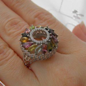 Кольцо из серебра с натуральным турмалином