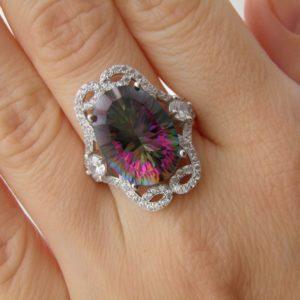 Серебряное кольцо с мистик-кварцем
