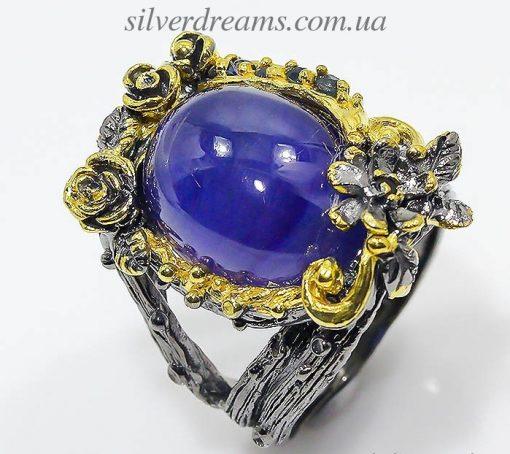 Серебряное кольцо с крупным сапфиром
