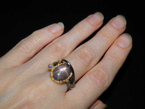 Купить кольцо со звёздчатым рубином