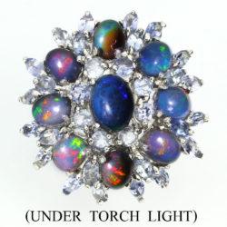 Серебряное кольцо с радужным опалом и танзанитами