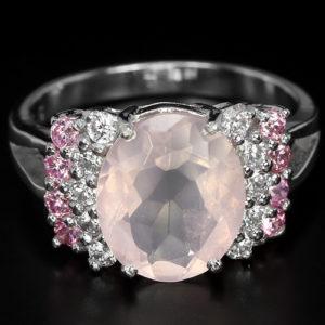 Кольцо с крупным розовым кварцем