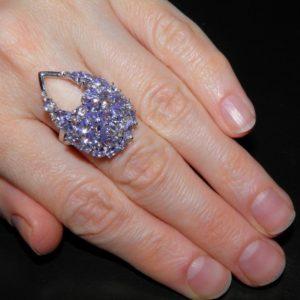 кольцо с танзанитами купить в Украине