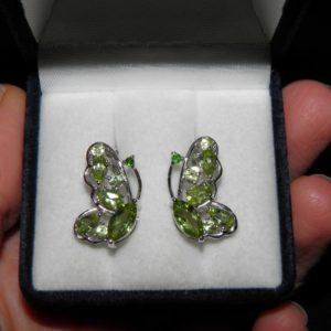 Серьги-бабочки с хризолитами