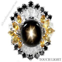 Кольцо с чёрным звёздчатым сапфиром