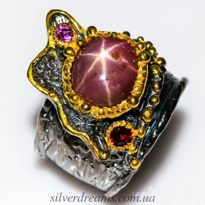 Дизайнерское кольцо со звёздчатым рубином