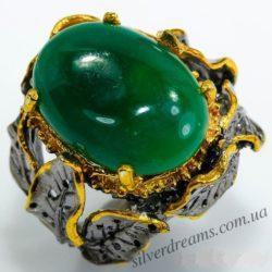 Перстень с зелёным агатом в серебре с позолотой