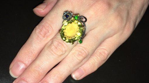 Дизайнерское кольцо с лимонным кварцем в серебре