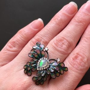 Серебряное кольцо бабочка с опалом и эмалью