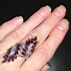 Серебряное кольцо Родолитовая Ветвь