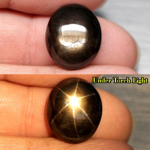 Натуральный чёрный звёздчатый сапфир