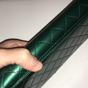 зелёный кожаный кошелёк