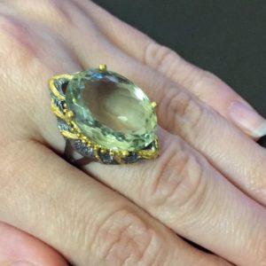 Дизайнерское кольцо с празиолитом в серебре