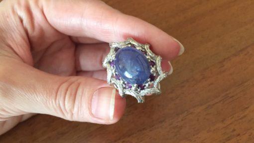 Кольцо с крупным танзанитом в серебре
