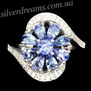 Серебряное кольцо Цветок с танзанитами