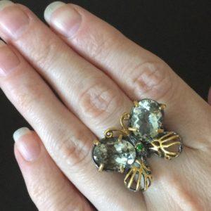 Кольцо Бабочка из серебра с празиолитами