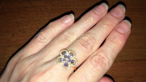 Кольцо-цветок с танзанитами в серебре с позолотой