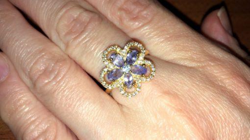 Серебряное кольцо с танзанитами (в лимонном золоте)