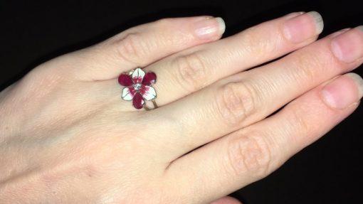 Серебряное кольцо с рубинами и эмалью