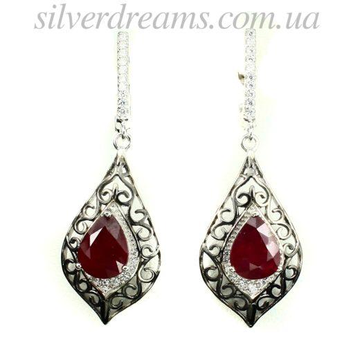 Рубиновые серьги в серебре