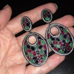 Серьги-люстры с драгоценными камнями в серебре