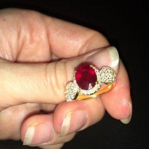 Кольцо с мадагаскарским рубином в серебре с позолотой