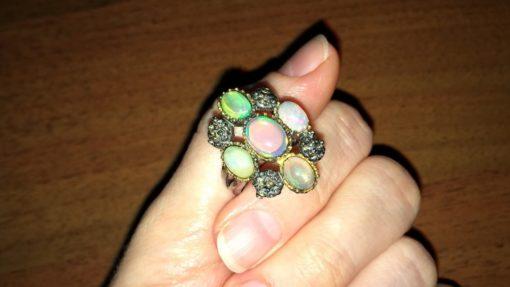 Дизайнерское кольцо с опалами в серебре