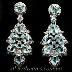 Серебряные серьги с голубыми топазами