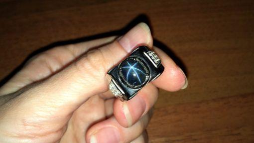Перстень со звёздчатым сапфиром купить в Украине
