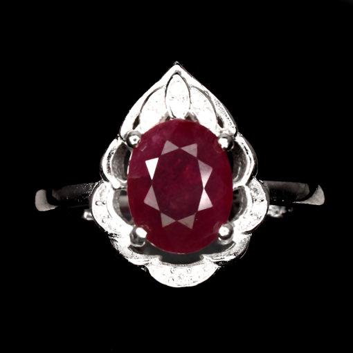 Кольцо с рубином в серебре
