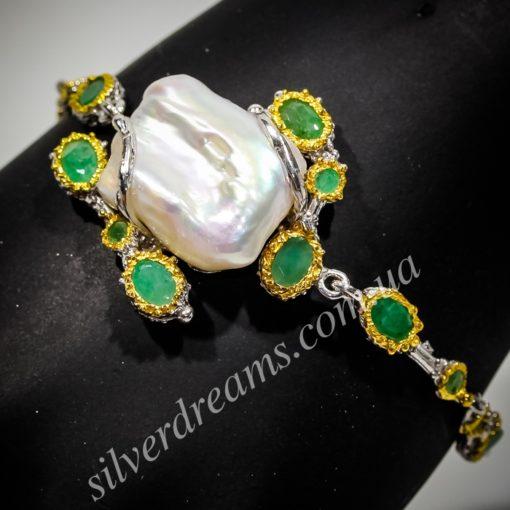 Дизайнерский браслет с барочным жемчугом и изумрудами